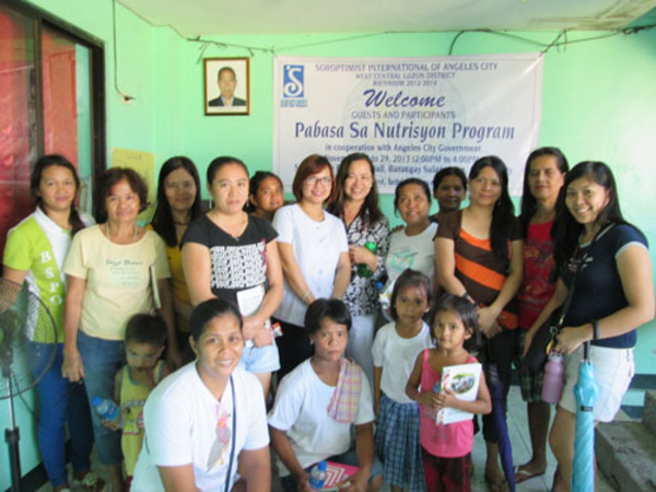 pabasa sa nutrisyon Filipino parents (and grandparents) are important gatekeepers in improving child nutrition ncp's pabasa sa nutrisyon program seeks to empower caregivers so that they can reduce their families' vulnerability to malnutrition through the adoption of proper nutrition practices and a healthy lifestyle.